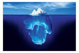 不登校や引きこもりは氷山の一角